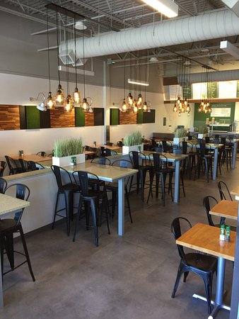 University Park, FL: Plated Modern Kitchen
