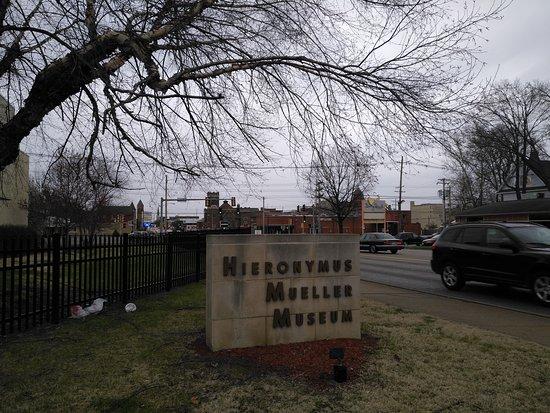 Decatur, IL: Hieronymus Mueller Museum