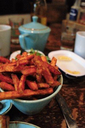 Shaftesbury, UK: Sweet potato fries, the best I have tasted