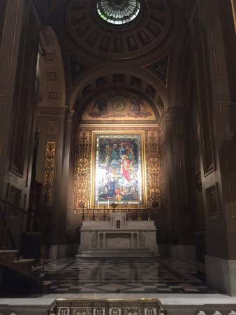 Cathedral Basilica of Saints Peter and Paul: 8am mass