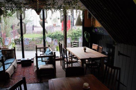 Shaftesbury, UK: fun interior