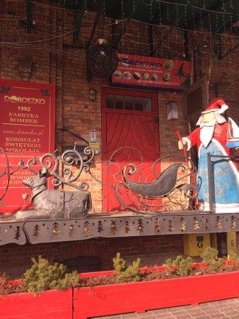Ketrzyn, بولندا: Konsulat Świętego Mikołaja