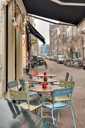 Photo of Bar De Huyschkaemer at Utrechtsestraat 137, Amsterdam 1017 VM, Netherlands