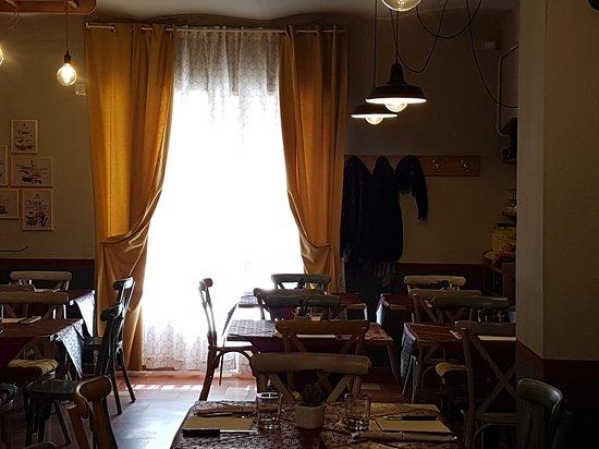 Apecchio, Italia: 20170326_132626_large.jpg