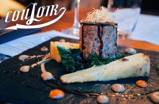 Couloir Bar & Restaurant : Braised veal belly, with shallot puree, homemade gratin and sautéed kale