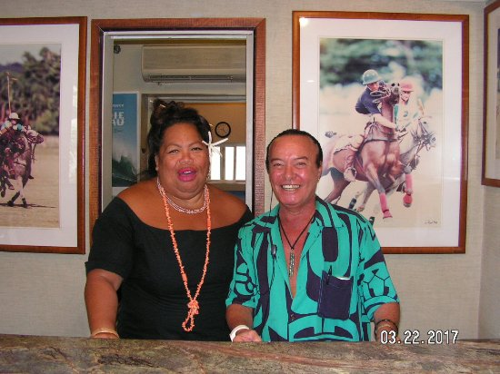 The Equus Hotel: Rene & Puka at Front Desk