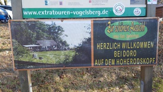 Schotten, Tyskland: Zur schönen Aussicht (Imbiss - Kiosk - Sonnenterrasse)