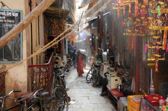 Varanasi Women Tours