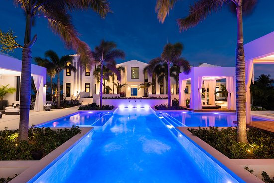 Pool - Picture of Triton Luxury Villa, Providenciales - Tripadvisor