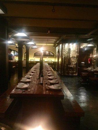 Adega do Kais: Une soirée typique et délicieuse