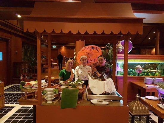 Royal Thai: Friday Thai Night Out