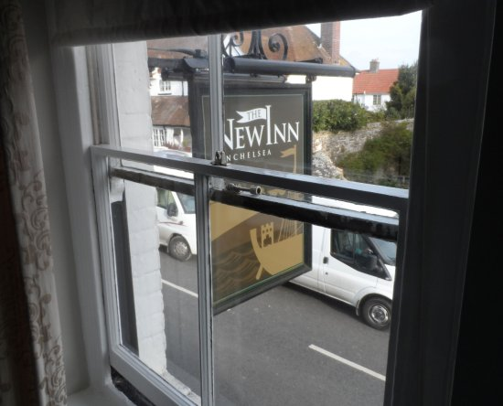 New Inn Winchelsea: The 100 wave bus route