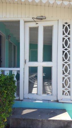 Newcastle, Nevis: Room 204