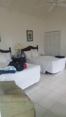 New Castle, Nevis: Room 203
