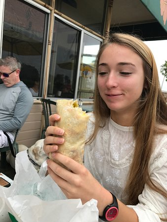 Cardiff-by-the-Sea, CA: Large burritos