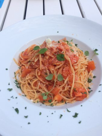 Blaubeuren, Jerman: Spaghetti Mediterranea.
