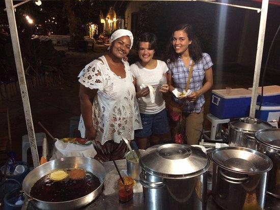 Delicia da Praca: Meninas com a Aninha, quando conhecemos o Grupo - Tapioca, Acarajé e o Restaurante.