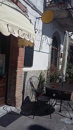 Roccalbegna, Italia: trattoria La Grotta