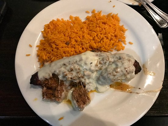 Salisbury, Carolina del Norte: Stuffed plantain with groundbeef and cheese! Yummy!