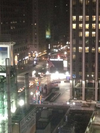Renaissance New York Midtown Hotel: Madison Square Garden At Midnight