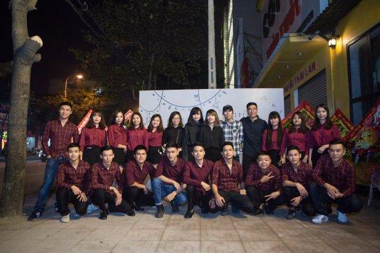 Vinh, Vietnam: Staff