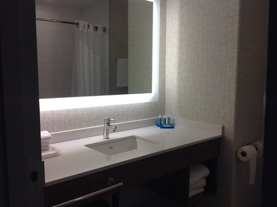 Holiday Inn Express Suites Airdrie: renovated washroom