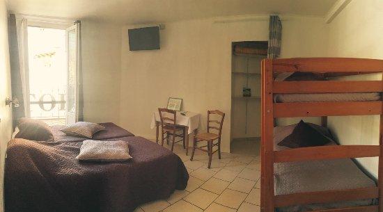 Annot, Frankrike: chambre familiale avec balcon