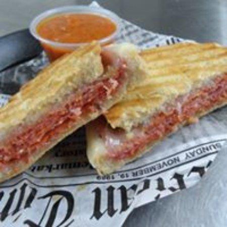 Kearneysville, Virginia Occidental: Pizza Panini