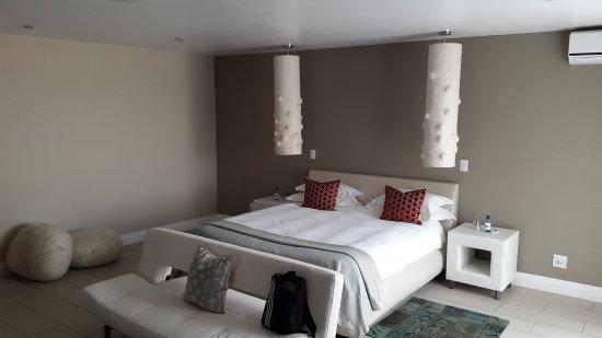 Atlantic Villa Boutique Guesthouse: 20170319_145300_large.jpg