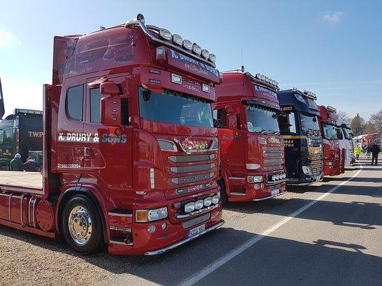 Brands Hatch : 20170326_120255_large.jpg