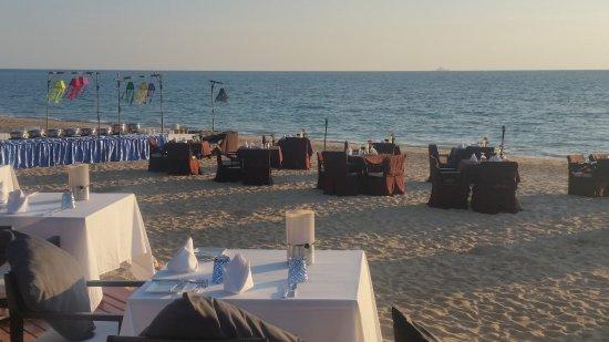 Layana Resort and Spa: Beach-BBQ samstags