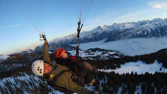 Matten bei Interlaken, Switzerland: Switzerland Paragliding by Twin Paragliding Interlaken