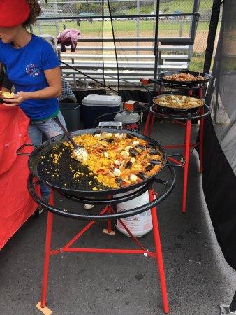La Jolla Open Aire Market: Paella