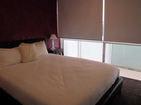 The Quadrant Hotel and Suites Auckland: second bedroom