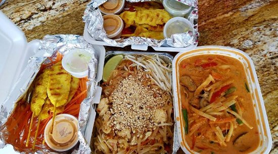 Avon Lake, OH: a customers take home haul red cuury, pad thai and chicke satay