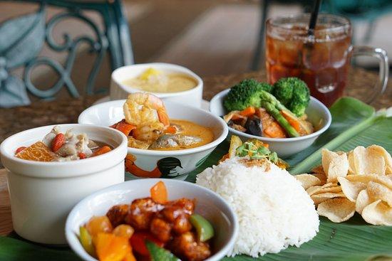 Ah hoi 39 s kitchen singapore restaurant reviews phone for Zaffron kitchen set lunch