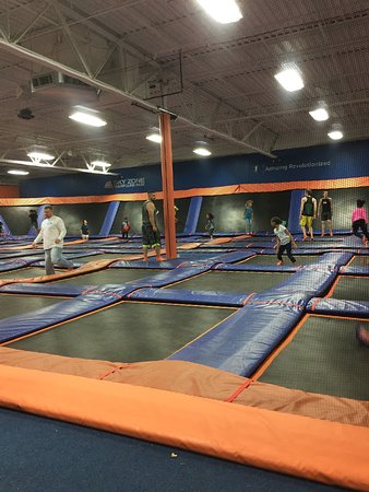 Fenton, MO: Lots of small trampolines with big bounce