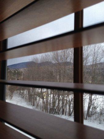 Inn at Ellis River: Love the mountain views