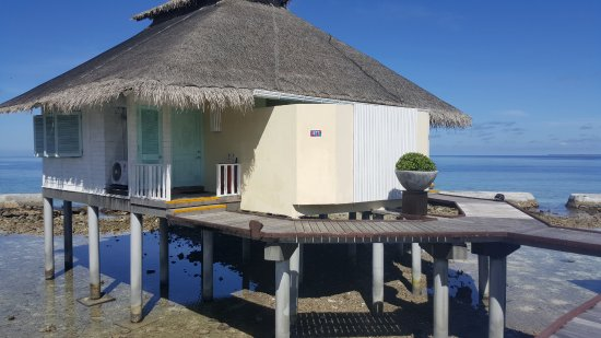 Ellaidhoo Maldives by Cinnamon: Each bungalow is actually 2 rooms