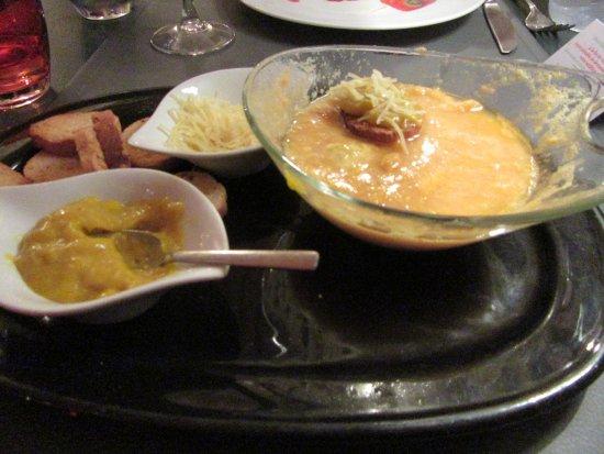 Aramon, Франция: soupe de poission