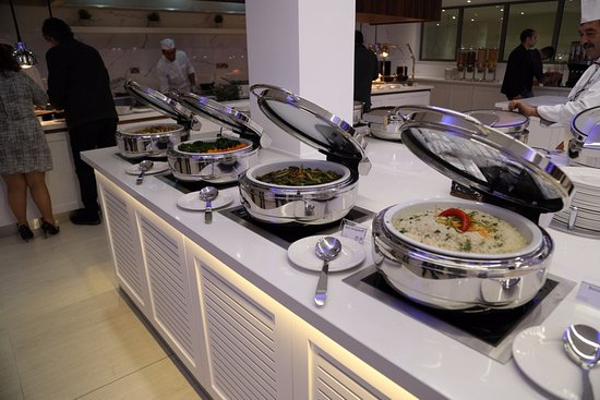 Hotel St. George: Drops Casual Dining