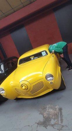 London Motor Museum : )))