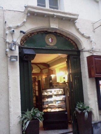 Anglo Maltese League: Front entrance