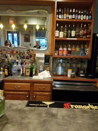 Fairhaven, MA: Bar