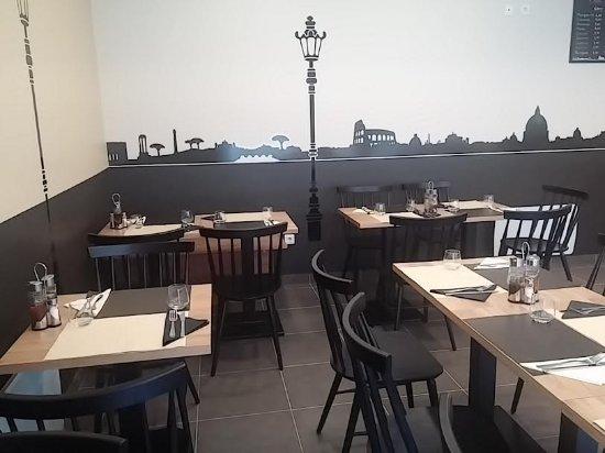 Gif-sur-Yvette, Франция: Restaurant traditionnel italien à partir de 19h30