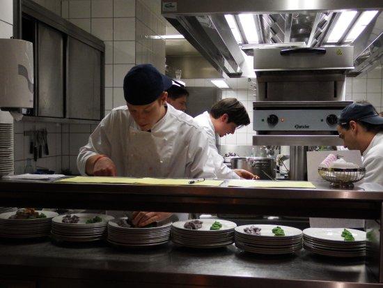 Offene Küche - Bild von Innsteg Gastronomie, Passau ...