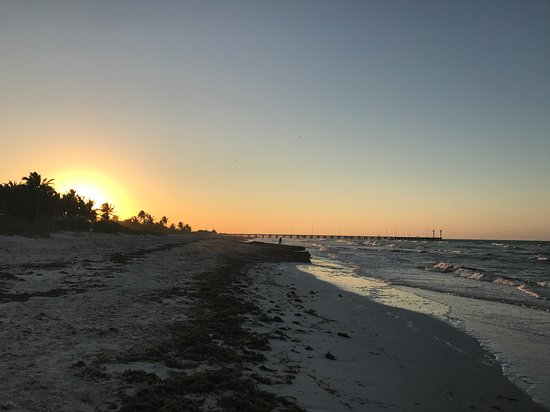 El Cuyo, Μεξικό: Playas