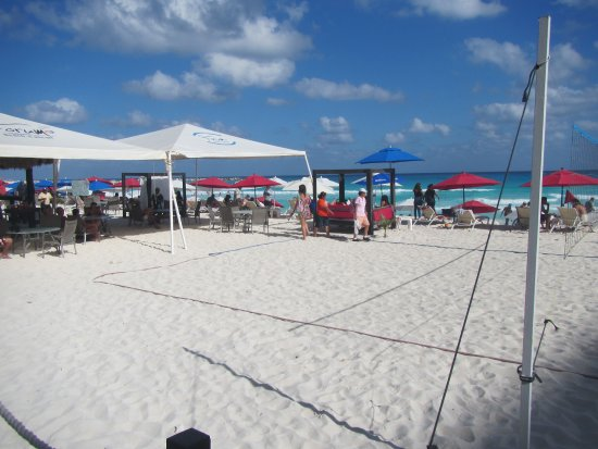 Forum Beach Cancun: Looking out over the beach #3