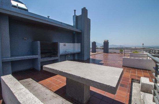 Terraza Panoramica Y Quincho Fotografía De Departamentos