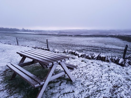 Flouch, UK : Snowing morning